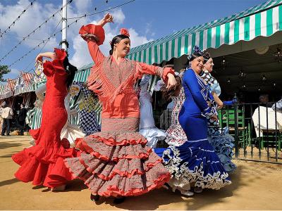 Así se siente abril: trajes de flamenca para la Feria de Abril